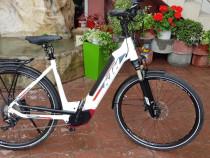 Bicicleta electrica asistată motor Bosch CX