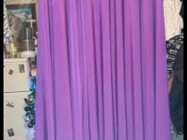 Rochie de seara lunga de culoare mov.