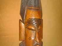 A441-Sculptura veche cap de barbat in lemn tare.