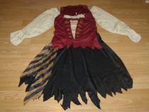Costum carnaval serbare pirata pentru adulti marime S