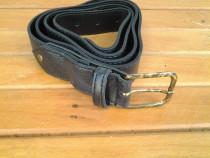 Curea, neagra, 123 cm
