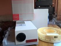 Mixer-proiector -consola