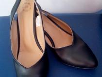 Pantofi negri, LC WAIKIKI, cu toc cui