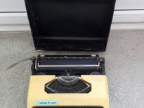 Masina de scris portabila Robotron Cella vintage