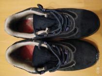 Pantofi protectie cu bombeu metalic nr 44!