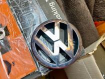 Emblema grila frontala VW Volkswagen Golf 5 / Jetta / EOS 1T