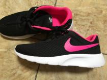 Nike tanjun 36/5