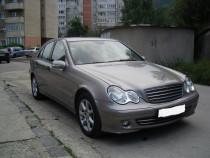 Mercedes C200, CDI, culoarea gri cubionic