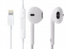 Casti Handsfree cu Microfon Apple EarPods Lightning