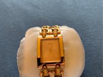 Ceas de damă auriu Guess