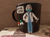Cadou cana doctor cu masca cu figurina handmade