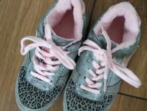 Adidasi/Pantofi plusati Next UK 13 20-20.5 cm