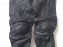 Pantaloni motociclist