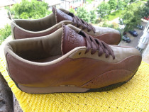Pantofi,sport Fila mar.4(25.5 cm) made in Indonesia.