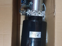 Pompa basculare electrica avem și cilindri