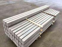 Stalp din beton turnat pentru ingradit