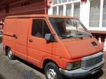 Microbuz Renault Trafic