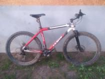Bicicleta jamis dakota sport