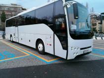 Inchiriez autocar pt.transport persoane 57 locuri