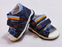 Sandale Noi Bobbi Shoes ptr bebeluși, măsura 19