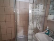 Cabină de duș cu cădiță