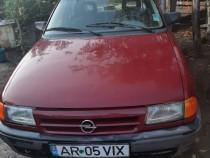 Masina Opel astra