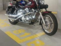 Moto Honda Shadow VT 1100 C