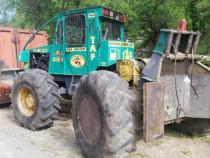 Tractor Taf cu motor de man.