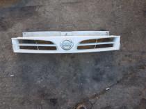 Masca grila fata radiator Nissan Primastar poze reale