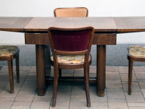 Set mobilier thonet mundus- borlova compus din masa extens.
