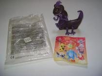 Jucărie McDonalds de colecţie: Monsters 2002