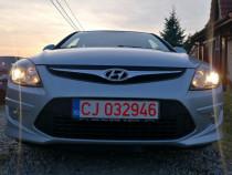 Hyundai i30 Blue 1.6 CRDI 90 CP EURO5