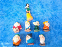 Set Figurine Alba ca Zapada si cei 7 pitici jucarii piuitoar