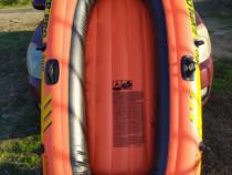 Barca gonflabila pentru 2 persoane