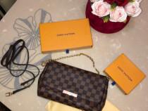 Geanta Louis Vuitton piele naturala !!