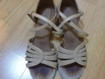 Pantofi speciali de dansuri