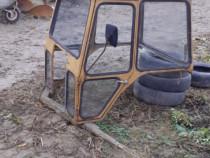 Cabina pentru tractor mic