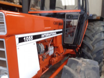 Tractor International  CASE 1055