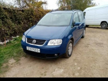 VW Touran an de fab 2006 recent adus