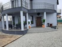 Vila Strejnicu,la preț de apartament, construită în 2005