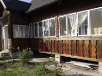 Cazare casa traditionala central, parter, etaj, foisor
