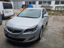 Opel Astra 2.0 innovation.. Full Option 165 cp -5750 cu tva