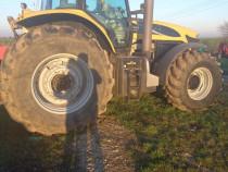 Tractor Challenger mt 665B