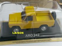 Macheta ARO 242 1975 - DeAgostini Masini de Legenda 1/43