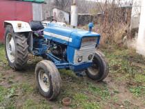 Tractor ford 3000--motor nou,cota nominala.