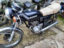 Motocicleta Suzuki GT185, an 1974,stare buna