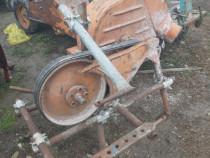 Moara la tractor de cereale