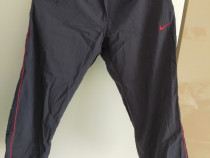 Pantaloni trei sferturi nike