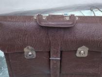 Geanta din Piele naturală veche , ptr. Preceptor ,casier .