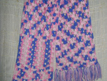 Eşarfă croşetată roz-bleu